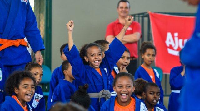 Crianças em situação de vulnerabilidade social ganham oportunidade através do judô